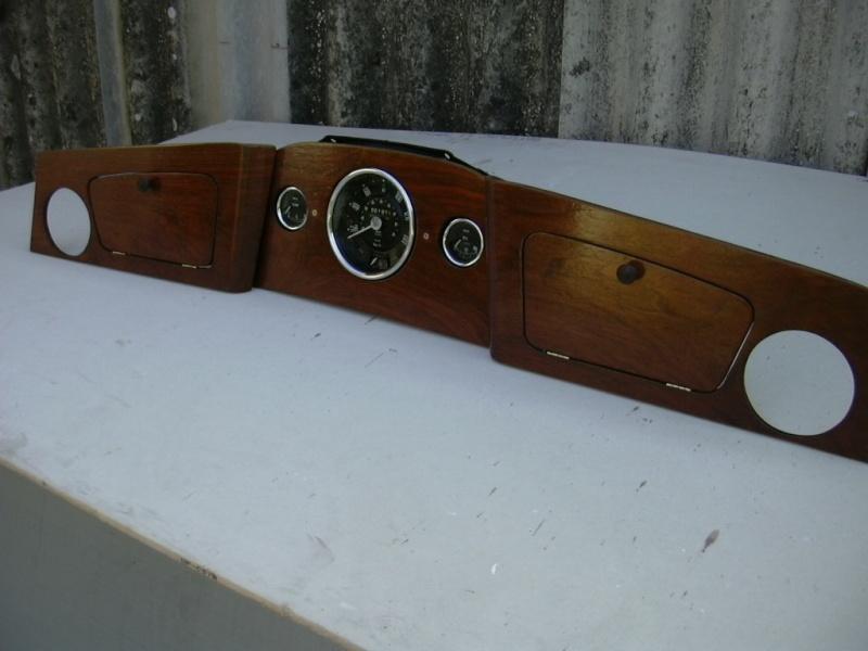 tableau de bord mini austin occasion occasions auto bmc mini 1300 mpi british open le tableau. Black Bedroom Furniture Sets. Home Design Ideas