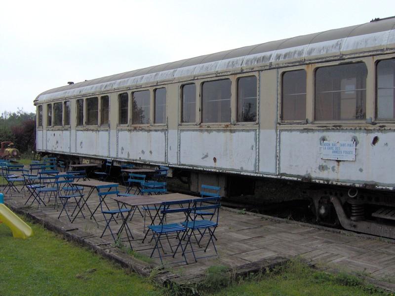 Nuit dans un ancien wagon lits de l 39 orient express - Wagon de train a vendre occasion ...