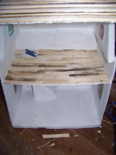 tuto maison en carton pour les nuls tape 5 fini p2 page 1. Black Bedroom Furniture Sets. Home Design Ideas