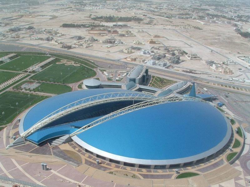 Stade de khalifa qatar for Stade du miroir
