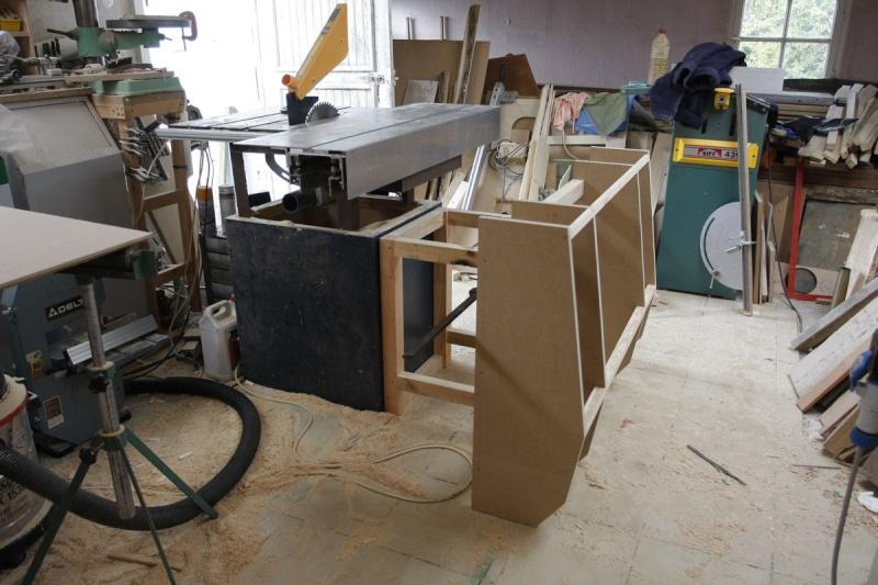 scie format maison suite et fin. Black Bedroom Furniture Sets. Home Design Ideas