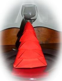 D co pliage de serviettes de table pour no l - Pliage de serviette sapin de noel ...