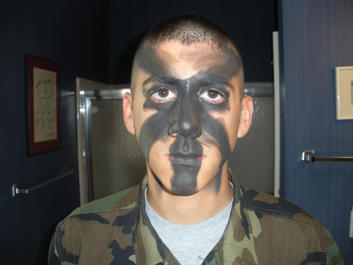 Applying your face paint camouflage for How to apply face paint